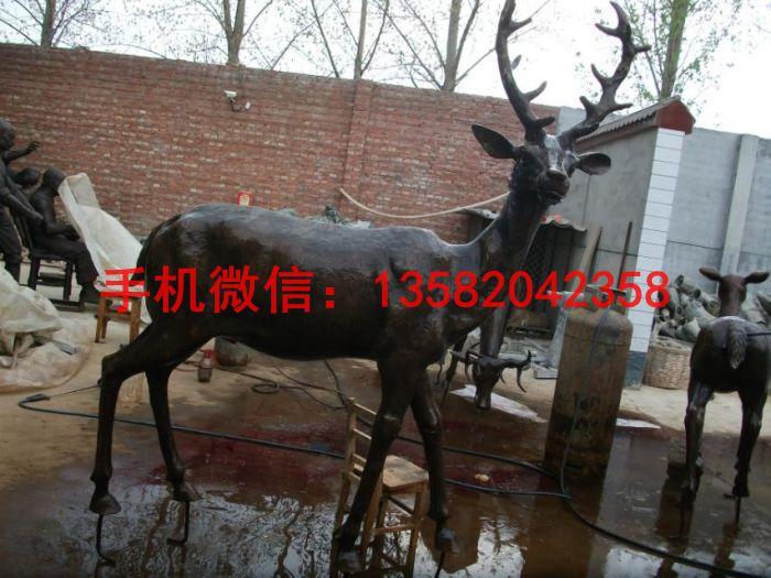 动物铜雕塑 铜鹿雕塑制作